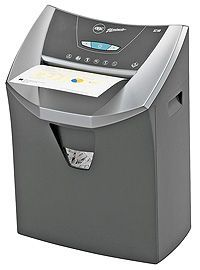 "GBC SC-180 Deluxe Strip Cut Shredder, 15 Sheet Capacity, 9"" Throat. <font color=""#FF0000"">*NEW*</font>"